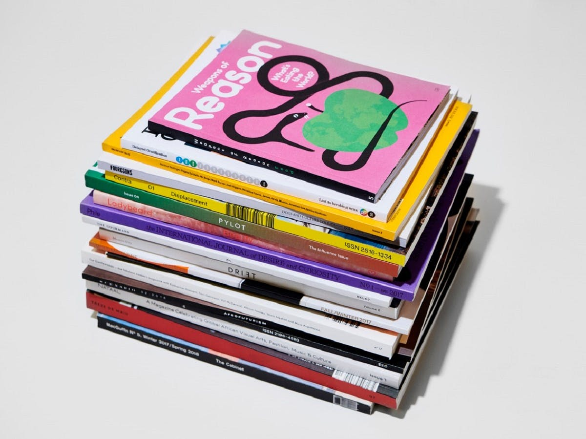 Stack Independent Magazines Box